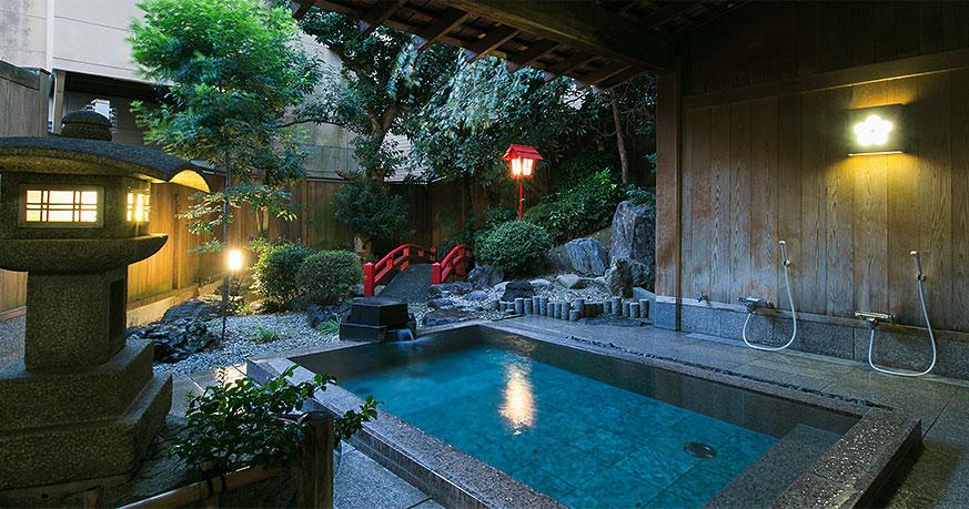庭園露天風呂 鄙の湯